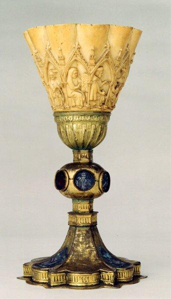 Calice delle Arti liberali, avorio e smalti, Milano, Museo del Duomo