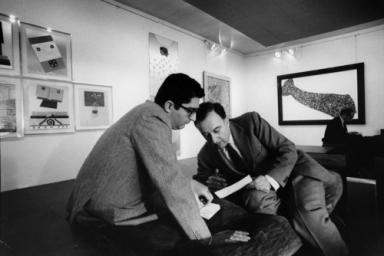 Giorgio Marconi per Enrico Baj, La Cravatta di Jackson Pollock, Studio Marconi, February 1969, photograph Ugo Mulas