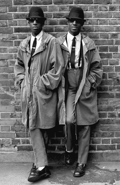 Janette Beckman-Mod twins London 1979
