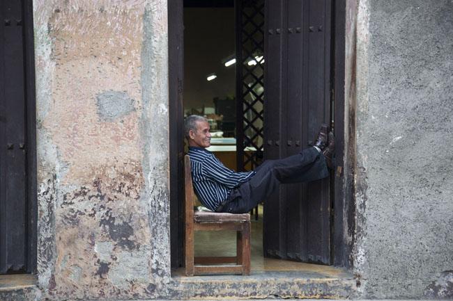 DOPPIO ROSSO Cina e Cuba, Fotografie di Neige De Benedetti, Testi di Adriano Sofri e Giampaolo Visetti, Skira editore, Milano arte