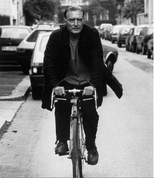 Emilio Tadini a Milano, 1994, Foto di Massimo Perrucci, gallerie d'arte di Milano