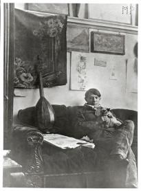 PABLO PICASSO a Milano Palazzo Reale, Self-portrait in his studio 1910