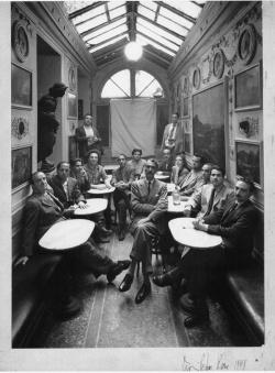 AFRO. Dal progetto all'opera. 1951-1975, Museo Carlo Bilotti all'Aranciera di Villa Borghese, ROMA, Il Caffe_Greco 1948 by Irving Penn