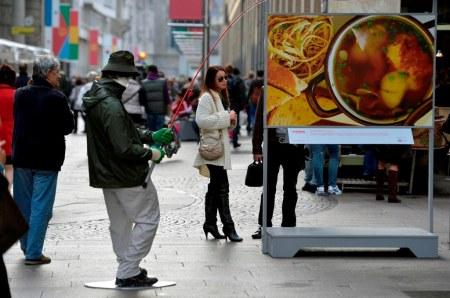 Mark Jenkins installazioni a Milano, Fisherman Soup
