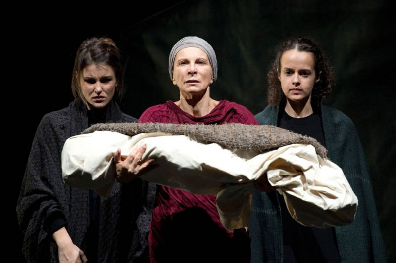 teatro carcano milano, troiane
