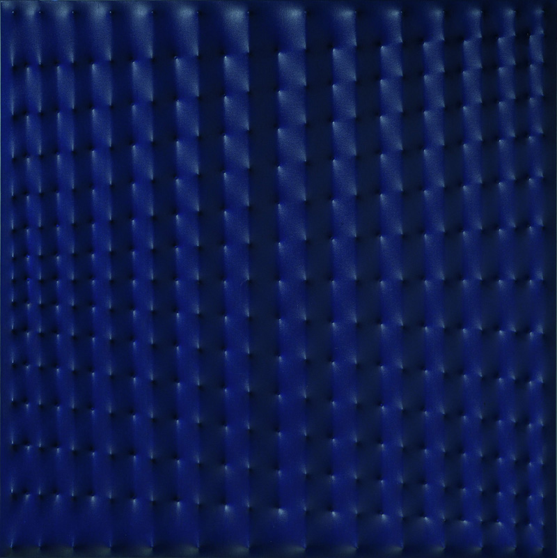 Enrico Castellani (1930) , Superficie Blu, 1977 , Acrilico su tela , cm 100x100