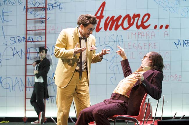 TEATRO ELFO PUCCINI, IL VENTAGLIO Carlo Goldoni regia Damiano Michieletto