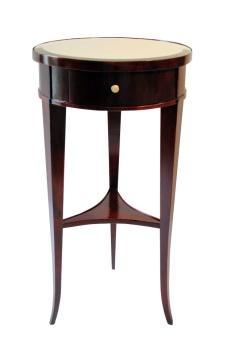 Antiche Credenze - Tavolino inizi '800 tondo  in noce tinto