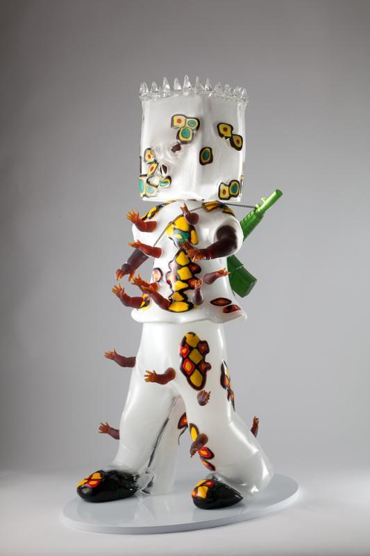 Biennale di Venezia, GLASSTRESS - Hew Locke, Mummy's Little Soldier, 2013, Glass & Metal Chain, 90x35x30 cm
