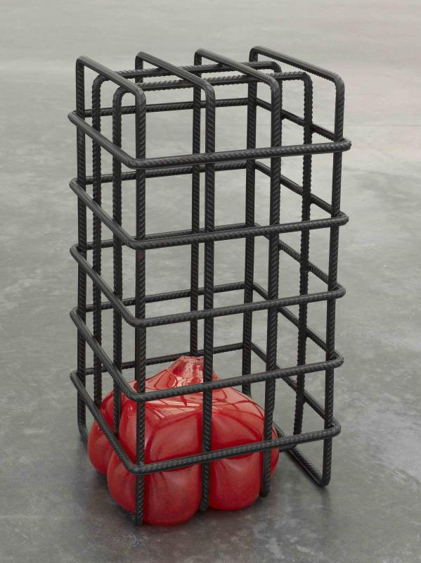 Biennale di Venezia 2013, GLASSTRESS - Mona Hatoum, Kapancik, 2012, Mild steel and glass, 64 x 34 x 34 cm