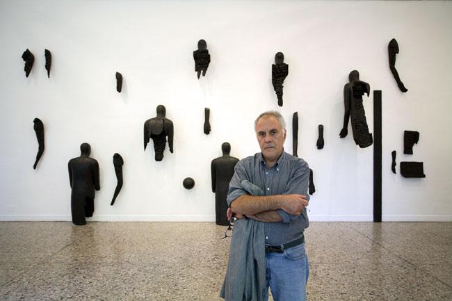 Mimmo Paladino alla galleria STEIN (foto Pasquale Palmieri)