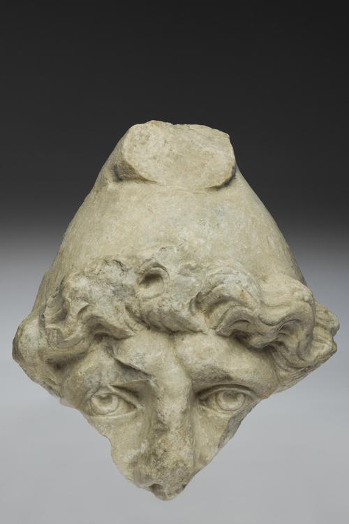 Museo Archeologico MILANO - mostra Da Gerusalemme a Milano - frammento di testa in marmo di attis o mitra-II-IIIsecolo