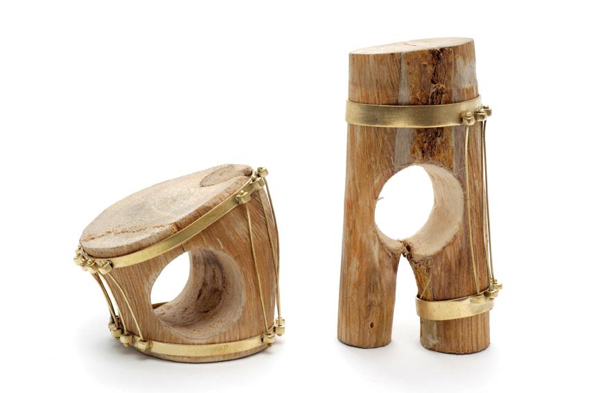 GIOIELLI - Premio Fondazione Cominelli per il gioiello contemporaneo - DANIA KELMINSKY  anelli legno,ottone