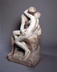 Palazzo Reale Milano mostra RODIN. Il marmo, la vita - AUGUSTE RODIN, Il bacio, («Le Baiser»), 1885 Marmo, 85,5 x 51 x 54,5 cm