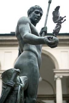 Milano Arte -  statua di Napoleone di Antonio Canova a Brera