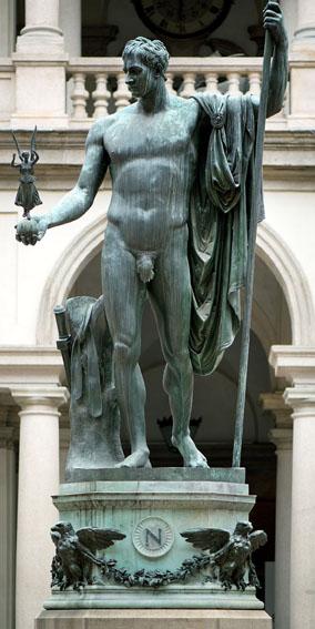 statua di Napoleone di Antonio Canova a Brera