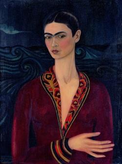 Frida Kahlo ROMA Scuderie del Quirinale - Autoritratto con vestito di velluto - Courtesy Galería Arvil, Mexiko Stadt