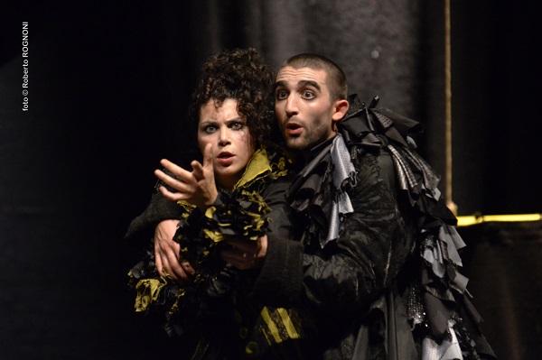 Teatro Franco Parenti Il barbiere di Siviglia - opera rock - foto©R.Rognoni