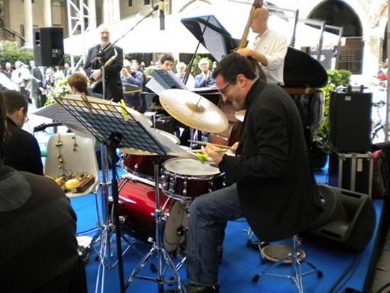 Tony Arco piazza Mercanti Break Jazz2014