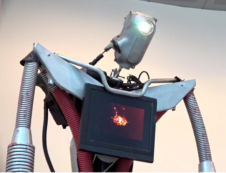 Wonderwalls Fabbrica del Vapore - robot del progetto METABORG