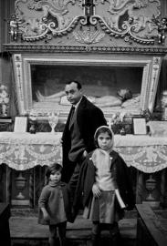 Ferdinando Scianna - Leonardo Sciascia, Racalmuto, 1964 © Ferdinando Scianna Magnum Photos Contrasto