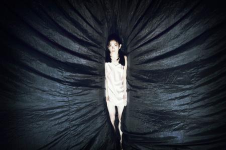 Plexus di Aurélien Bory per Kaori Ito Foto Mario Del Curto