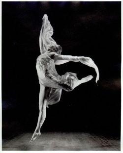 Isadora-Duncan-from-Swiga
