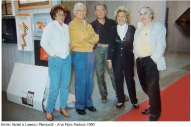 Emilio Tadini al centro e il primo a destra Lorenzo Piemonti